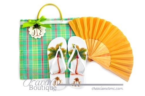 Bolsa con abanico liso y sandalias